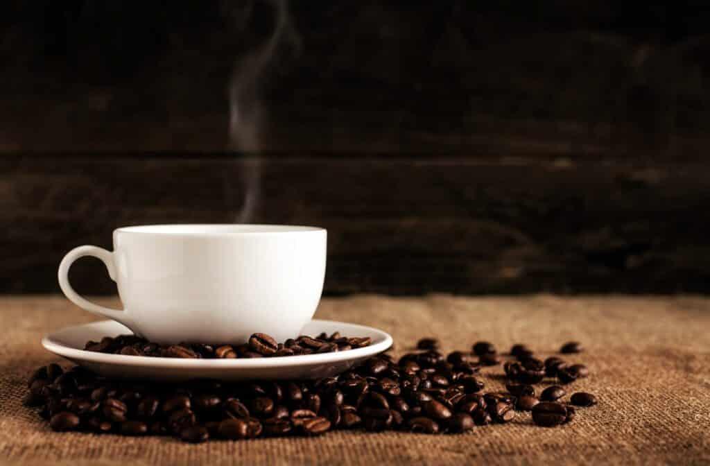 kaffemugg med koffein som kosttillskott