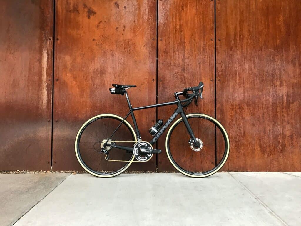 cykel med effektmätare