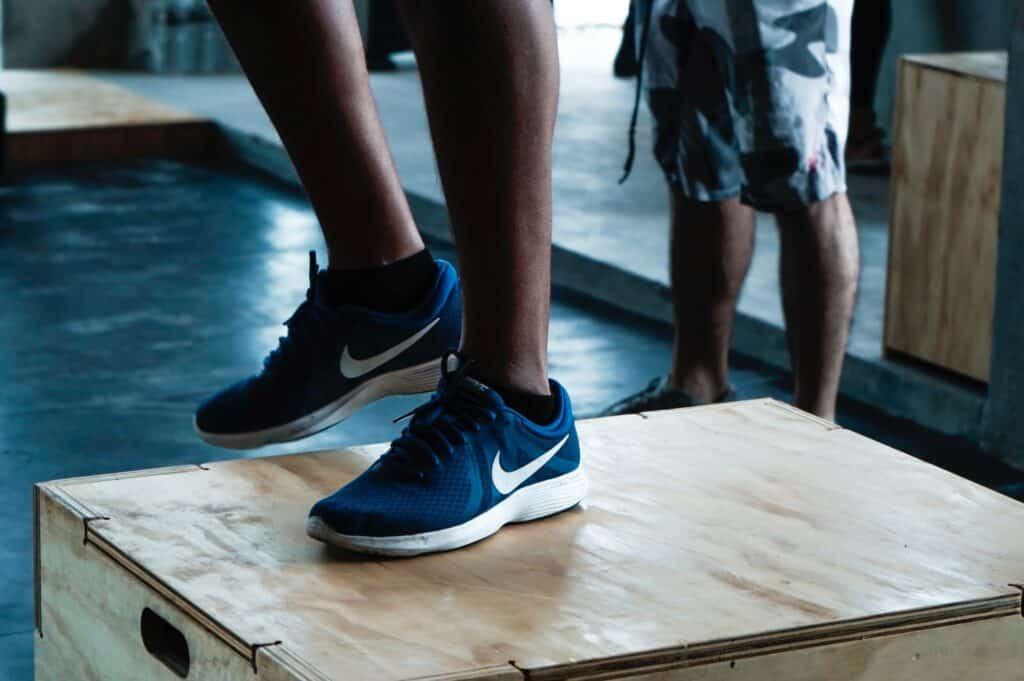 plyometrisk träning fötter